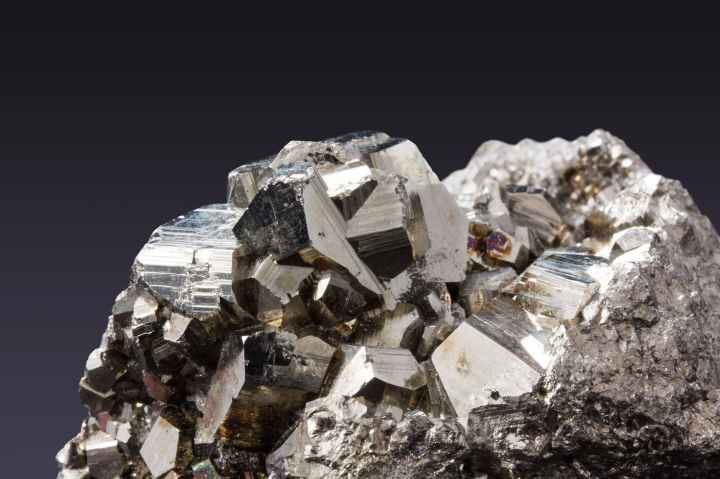 pyrite-pyrites-mineral-sulfide-56030.jpeg